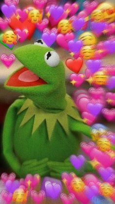 Meme Kermit The Frog Hearts Wallpaper Iphone Frog Wallpaper, Funny Iphone Wallpaper, Cute Disney Wallpaper, Iphone Background Wallpaper, Heart Wallpaper, Aesthetic Iphone Wallpaper, Aesthetic Wallpapers, Meme Background, Simpson Wallpaper Iphone