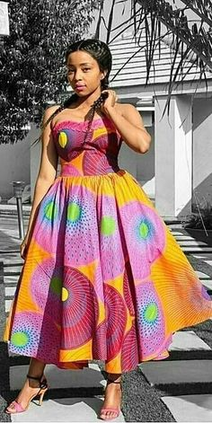 African tops for women in South African – fission African Bridesmaid Dresses, African Dresses For Women, African Print Dresses, African Print Fashion, African Attire, African Fashion Dresses, Sesotho Traditional Dresses, African Fashion Traditional, Traditional Wedding