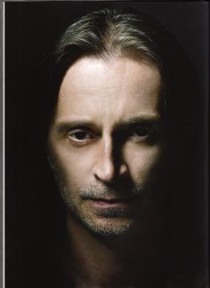Robert Carlyle - Scottish actor - Full Monty, Once upon a Time, Stargate Universe