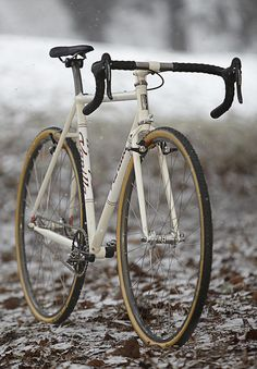 Vanilla Cream Cross Bike by Vanilla Workshop, via Flickr