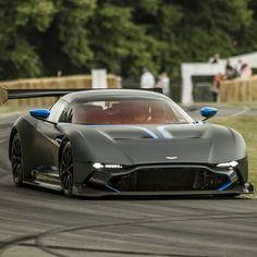 Aston Martin is known around the world as one of the premier luxury car makers. The Aston Martin Vulcan is a track-only supercar Bugatti, Lamborghini, Ferrari, Maserati, Aston Martin Vulcan, Aston Martin Cars, Sexy Cars, Hot Cars, Supercars