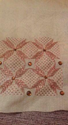 Use metallic thread Swedish Embroidery, Blackwork Embroidery, Cross Stitch Embroidery, Embroidery Patterns, Hand Embroidery, Swedish Weaving Patterns, Loom Patterns, Needlepoint Stitches, Needlework