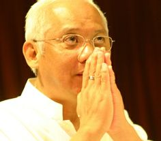 Maha Atma Choa Kok Sui. With great dedication and tenacity He committed His life to uplifting the human spirit – through serving a Mission of Compassion and Mercy.