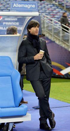 Joachim Löw, aunque se coma los mocos, es sexy este señor