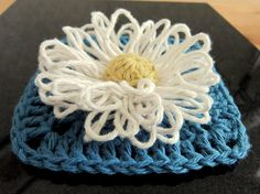 Loom Flower Combined with Crochet Square = Great block
