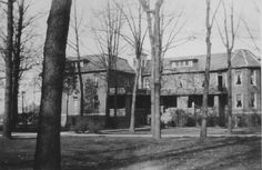 The old Oakwood Hall at Manchester College.  Housed just freshman girls.