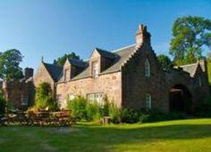 Fingask Castle Holiday Cottages, Rait, Perth, Perthshire - EmbraceScotland UK