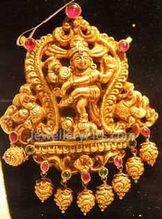 Nataraj temple locket with nakshi work Traditional Indian Jewellery, South Indian Jewellery, Indian Jewelry, Antique Jewelry, Silver Jewelry, Gold Ornaments, Latest Jewellery, Costume Jewelry, Temple