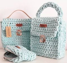 This bag collection is crochet with cotton yarn, very strong, like rope and that's why it holds in place and lining is not required.Even if you put keys in it, it wiil not be damaged.
