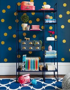 Love these vinyl gold dots that you can stick to the wall - so kate spade like! http://rstyle.me/~1lxZn