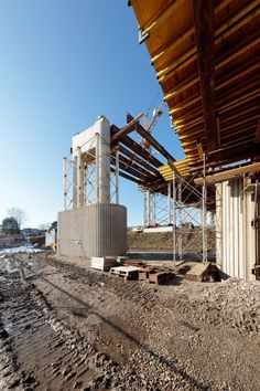 SOLID architecture ZT GmbH - VOEST Donaubrücke A7 Bypassbrücken Linz - Danube A7 Bridges Linz - Foto: Mike Wolf