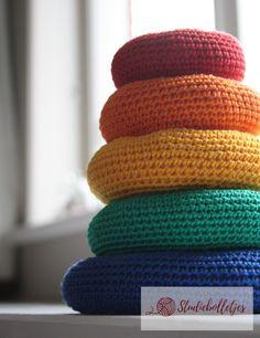 Regenboog stapeltoren   Studiebolletjes