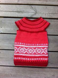 Marius/pickles kjole Little People, Little Ones, Norwegian Style, Knit Vest, Vintage Crafts, Knitting For Kids, Baby Sewing, E Design, Knit Crochet