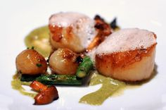 Roasted sea scallops, asparagus, agro dolce onions, chanterelles and truffle emulsion
