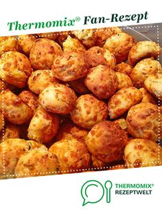 Pizza balls from Marmäladnamerla. A Thermomix ®️️ recipe from the baking category is hearty on www.de, the Thermomix ®️️ community. Pizza balls will-mixen.de willmixende Herzhafte Snacks aus dem Thermomix® Pizza balls from Marmäladnamerl Pizza Recipes, Casserole Recipes, Seafood Recipes, Mexican Food Recipes, Snack Recipes, Ethnic Recipes, Grilling Recipes, Beef Recipes, Cooking Recipes