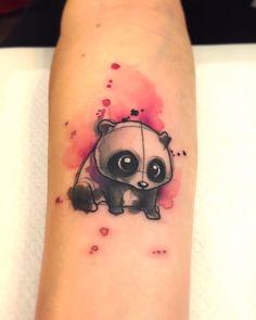 Lindo Oso Panda estilo Acuarelas por Borà Tattoo Studio
