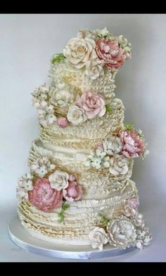 Beautifully made flowers and the pastel colours set them off