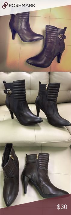 My GC SHOES, brown heeled zip up booties NIB, brown booties.. Gold tone zippers. Front quilted boot pattern. Super comfortable . Pointed toe. Box included My GC shoes Shoes Ankle Boots & Booties