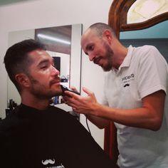 Con las manos en la masa...@barberbcn ;-) Cosmetics, Instagram Posts, Barbershop, Hands, Makeup Geek