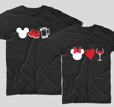 Tricourile cu mesaje pentru cupluri sunt perfecte ca tu si partenerul tau sa va aratati iubirea unul pentru celalalt. Fie ca decizi sa le cumperi pentru iubitul sau iubita ta, un tricou cu mesaje haios si deja devenit clasic precum acesta, Mickey Beer and Minnie Wine este ideal pentru a-ti surprinde iubitul sau iubita. Sweatshirts, Sweaters, Mens Tops, T Shirt, Fashion, Supreme T Shirt, Moda, Tee Shirt, Fashion Styles