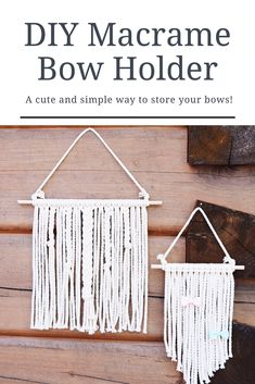 Need a way to organize all those bows? Or just want an easy and adorable wall-hanging? Try this super simple DIY Macrame Bow Holder! Diy Hair Bow Holder, Bow Holders, Macrame Headband, Flower Headbands, Hair Bow Storage, Bow Hanger, Cotton Crafts, Diy Bow, Ribbon Flower