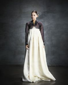 """Description was: """"Black and white with a modern bolero-style jacket."""" lol guys this is a hanbok haha Korean Traditional Clothes, Traditional Dresses, Korean Dress, Korean Outfits, Modern Hanbok, Simple Style, My Style, Asian Style, Korean Style"""