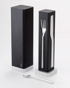 Dune: Flatware Inspired by Molecular Gastronomy
