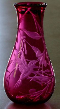 Hand engraved cranberry glass vase by Catherine Miller of Catherine Miller Designs*Technique-Stone wheel * Vase Created by Cal Breed of Orbix Hot Glass* Hummingbird                                                                                                                                                      More