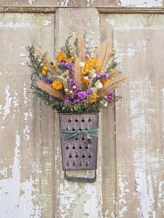 Vintage GRATER Dried Flower Swag - Country Decor - Wreath These graters would make cute sconces or pendant lights in a kitchen. Country Decor, Rustic Decor, Farmhouse Decor, Deco Floral, Arte Floral, Summer Wreath, Door Wreaths, Dried Flowers, Floral Arrangements