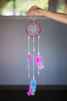 Intern DIY: Festival Feather Frenzy | Whimseybox