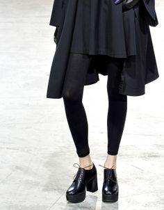 vogue-noirr:  drrone:   Yohji Yamamoto AW13 Shoes + Pants        TumbleOn)
