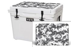 YETI 35 QT Cooler Graphics - White Digi Camo Matte