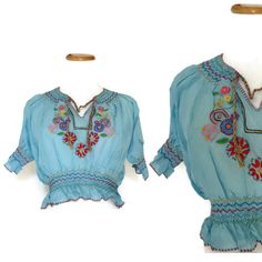 Mexican Embroidered Top / Mexican Blouse / Embroidered Blouse / Oaxacan Top / Ethnic Top / Crop Top / Peasant Blouse / Boho Top / Hippie Top by GoodLuxeVintage on Etsy
