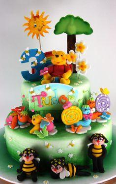 viorica's cakes: Torturi cu Winnie si prietenii lui