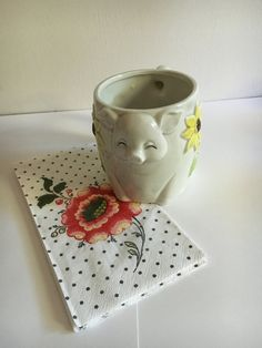 Check out this item in my Etsy shop https://www.etsy.com/listing/458129652/vintage-pig-with-daisies-coffee-mug-with