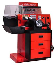 Brake Lathes is an effective tool to cure vibration and noise problem in vehicles. Buy Disc only and drum brake lathes for cars and heavy trucks from Interequip. It is our aim to provide great products, great service, at reasonable price to our customers. Lathe Machine, Collision Repair, Lathe Tools, Heavy Truck, Drum Brake, Brake System, Drums, Check, Korea