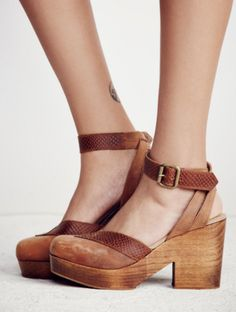 Free People: Walk This Way Clog in Walnut