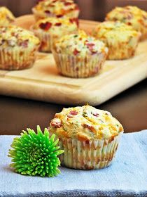 Breakfast to go - cheese & bacon muffins. Not sure about the brown sugar though. We'll see. Breakfast On The Go, Savory Breakfast, Breakfast Dishes, Breakfast Recipes, Breakfast Muffins, Breakfast Ideas, School Breakfast, Cheese And Bacon Muffins, Savory Muffins