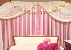 可愛い背景のフォトブース空間が欲しい♡『リボンカーテン』を作った先輩花嫁さんの素敵なデザイン集*