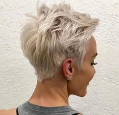Hair Beauty - Short-Blonde-Pixie-Haircut Best Pixie Cuts for Blonde Hair Blonde Pixie Haircut, Messy Pixie Haircut, Short Blonde Pixie, Short Pixie Haircuts, Blonde Pixie Hairstyles, Pixie Cut Bangs, Women Pixie Haircut, Pixie Haircut Styles, Long Pixie