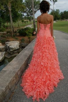 I WANT THIS!!! in a blue but this dress is so amazing!