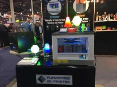 FLASHFORGE 2015 CES 3Dプリンター 展示会様子