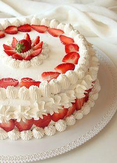 Torta Sospiro alle fragole - strawberry cake (italian)