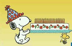 Snoopy's having a big Birthday Party! #compartirvideos.es #happybirthday                                                                                                                                                     Mehr                                                                                                                                                                                 Más