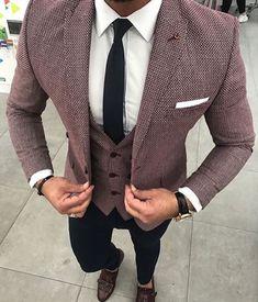 Mens fashion looks Blue Slim Fit Suit, Blue Suit Men, Suit For Men, Mens Suit Colors, Prom Suits For Men, Tuxedo Colors, Navy Suits, Groom Suits, Groom Attire