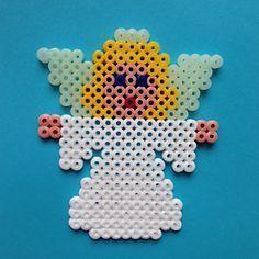Christmas Engel hama perler beads by paige Christmas Perler Beads, Beaded Christmas Ornaments, Noel Christmas, Christmas Crafts, Perler Bead Templates, Perler Bead Designs, Perler Bead Art, Pearler Bead Patterns, Perler Patterns