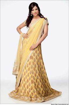 Light-Yellow-Lehenga-Saree-How to wear lehenga saree