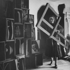 Louis Nevelson in her studio.