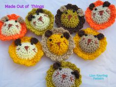 lion head key rings pattern. crochet. how to. Safari party favors. keychain.