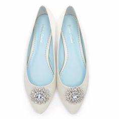 237ffeb5d #jackie #white #dyeable #bellabelle #shoestodyefor #dyeableshoestore  #somethingblue #weddingshoes